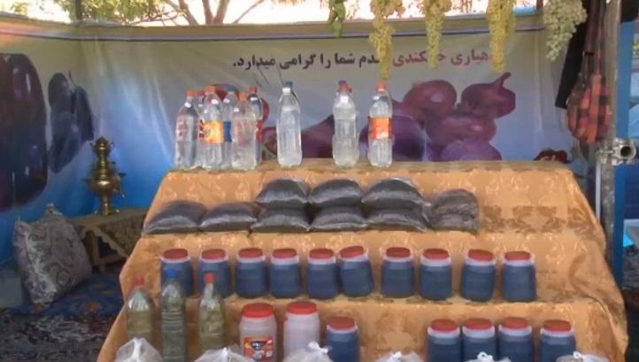آغاز فرآوری دوشاب از انگور در شهرستان ملکان